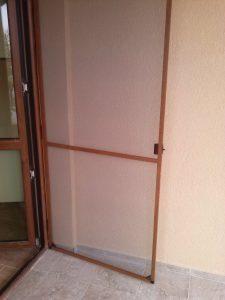 Комарник тип врата с услине алуминева рамка